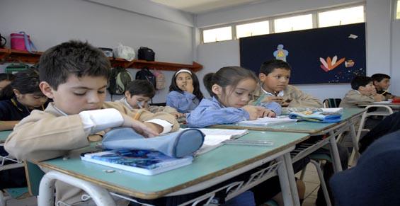 Estudiantes-niños-wikipedia