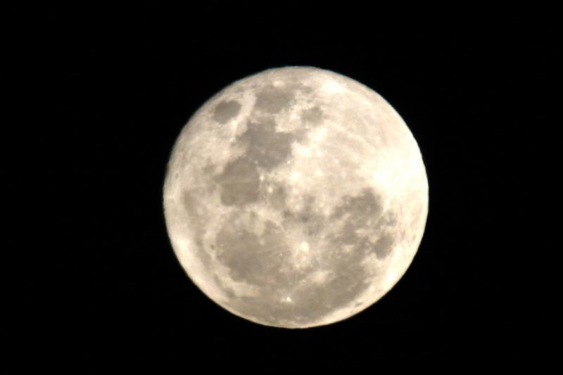 luna-lunes5