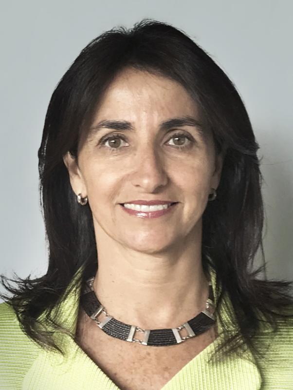 34 Carolina Cuevas Merino