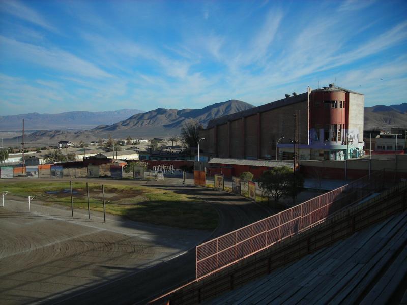 Teatro Chile visto desde Estadio Anaconda C. Galeno