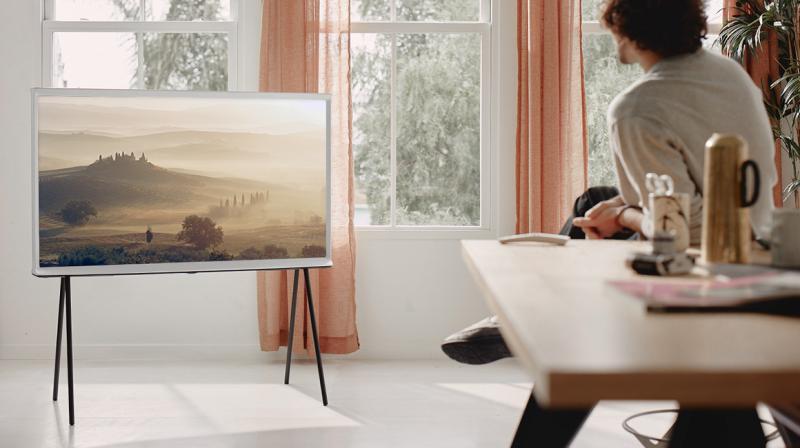 TV-The-Serif-Gallery-17-10-PC